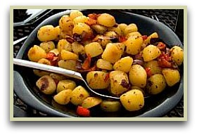 paprika potatoes in a serving bowl