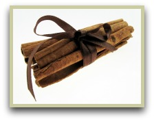 picture of Ceylon cinnamon tied in a bundle