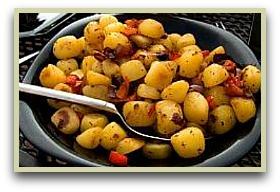 paprika potatoes in a serving bowl